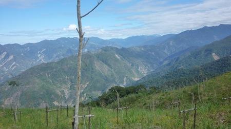 P1000683遠眺玉山之顛的視野