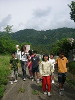 過河流籠--美蘭孩子的暑假_img_0